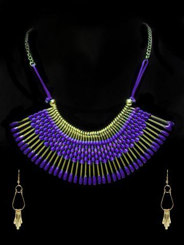 https://static.cilory.com/103169-thickbox_default/ravishing-handicraft-hasli-with-earring.jpg