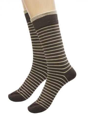 https://static8.cilory.com/109111-thickbox_default/turtle-dark-brown-socks-pack-of-1.jpg