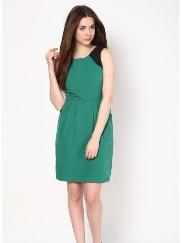 https://static7.cilory.com/110168-thickbox_default/harpa-solid-green-dress.jpg