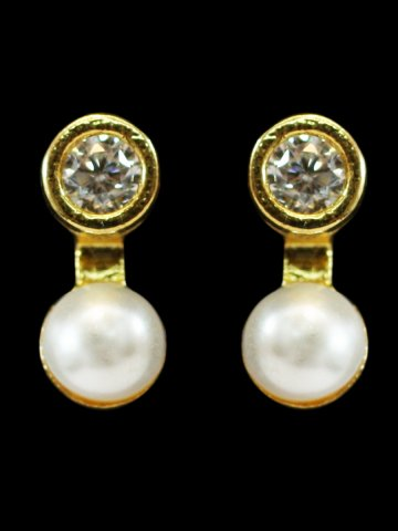 https://static7.cilory.com/209478-thickbox_default/american-diamond-earrings.jpg