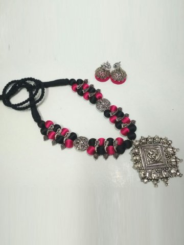 https://static3.cilory.com/296319-thickbox_default/ruby-hand-crafted-silk-thread-necklace-set.jpg