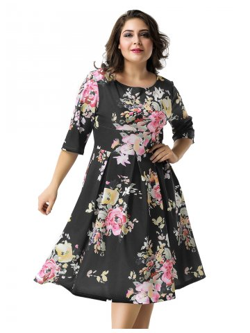 https://static8.cilory.com/305935-thickbox_default/plus-size-black-printed-fashion-dress.jpg