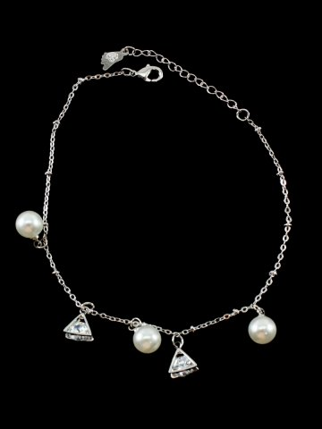 https://static5.cilory.com/385880-thickbox_default/estonished-silver-beautiful-anklets.jpg