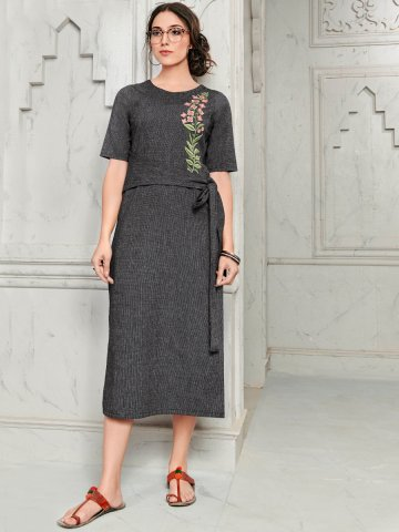 https://static6.cilory.com/394179-thickbox_default/cotton-embroidered-kurti-with-belt.jpg