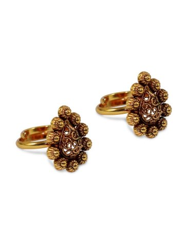 https://static.cilory.com/407295-thickbox_default/golden-faux-stone-toe-rings.jpg