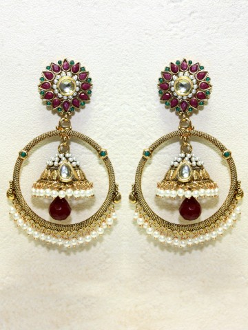 https://static5.cilory.com/43380-thickbox_default/ethnic-polki-work-earrings-carved-with-stone-and-beads.jpg