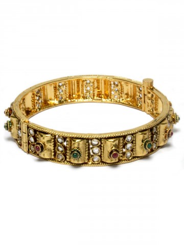 https://static5.cilory.com/43791-thickbox_default/elegant-polki-work-bangle-carved-with-beads.jpg