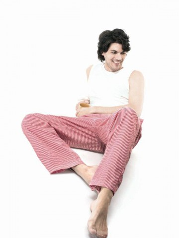 https://static2.cilory.com/45847-thickbox_default/hanes-chillouts-woven-pant.jpg