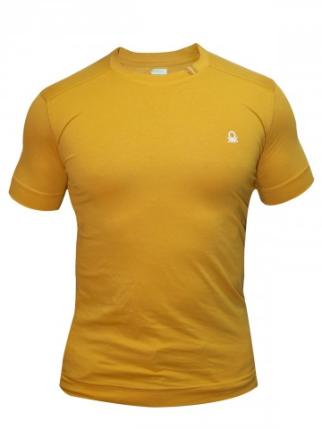 https://static1.cilory.com/55600-thickbox_default/united-colors-of-benetton-round-neck-t-shirt.jpg