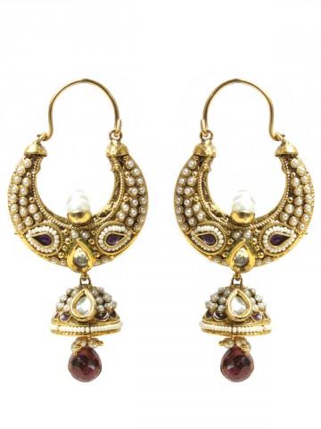 https://static7.cilory.com/67039-thickbox_default/elegant-polki-work-earrings.jpg