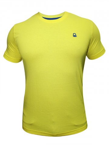 https://static7.cilory.com/67811-thickbox_default/united-colors-of-benetton-men-t-shirt.jpg