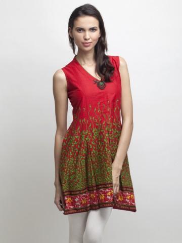 https://static3.cilory.com/86129-thickbox_default/broader-floral-print-red-kurti.jpg